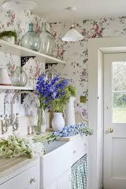 Brocante Shabby Chic Keuken Met Bloemenprint Behang Trend