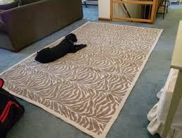 how to make an area rug out of carpet samples
