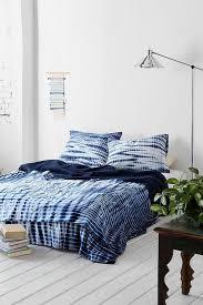 noodle indigo tie dye bed blanket