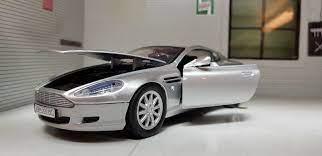 1 24 Maßstab 2004 Aston Martin Db9 V12 Silber Motormax Druckguss Modell James Ebay