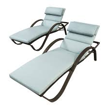 rst brands deco stackable set of 2 wicker chaise lounge chairs with sunsharp bliss blue cushions
