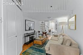 205 West 84th Street #2C, New York, NY 10024: Sales, Floorplans, Property  Records | RealtyHop