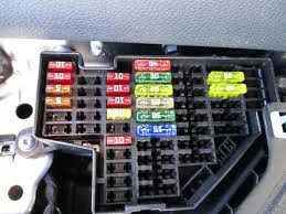 fuse layout label vw tdi forum audi porsche and chevy i took a picture of my dash fusebox today just to compare layout and number of fuses there is a hell of a lot not used