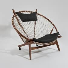 1985 the circle chair by hans wegner