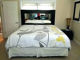 mirror above bed – accelerart