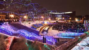 Mn Light Show Free Light Show Umn Students Set 250 000 Holiday Lights To