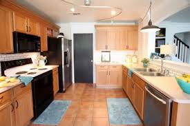 Small Picture Oak Kitchen Cabinets And Wall Color Alluring Kitchen Wall Colors