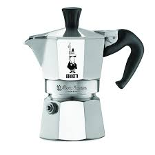 Amazon.com: The Original Bialetti Moka Express Made in Italy 1-Cup Stovetop  Espresso Maker with Patented Valve: Stovetop Espresso Pots: Kitchen & Dining