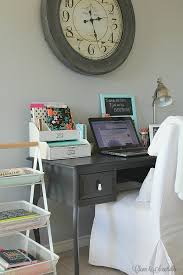 Office desk organization ideas Simple Love These Simple Organization Ideas To Keep Your Desk Neat And Organized Clean And Scentsible Small Desk Organization Ideas Clean And Scentsible