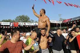 Tarihi Kırkpınar Yağlı Güreşleri'nde başpehlivan Ali Gürbüz oldu! -  Kriptosite.com