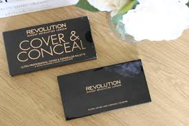 makeup revolution cover and conceal palette light