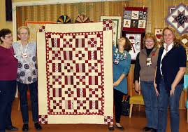 Mahone Bay Quilt Guild: events & Judy, Isabel, Sandy and Mary with their Quilt of Honour, they donated this  quilt to Jill (r) for the Quilts of Valour project. Go to Quilts of Valour  Canada ... Adamdwight.com