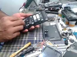 how to remove <b>Lenovo P780 battery</b> - YouTube