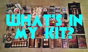 makeup artist series what s in my pro makeup kit ammyranth you