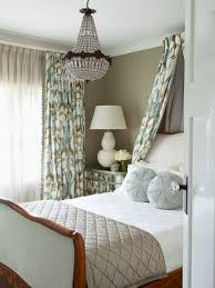 traditional bedroom design. Interesting Traditional Photo Of A Traditional Bedroom In Canberra  Queanbeyan With Green Walls  And Carpet To Traditional Bedroom Design O