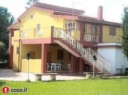 Bagni Esterni In Legno : Immobili verande esterni legno mitula case