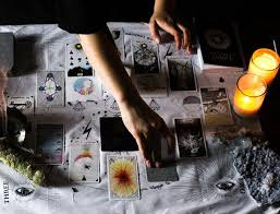 how to use tarot cards to guide daily decision making