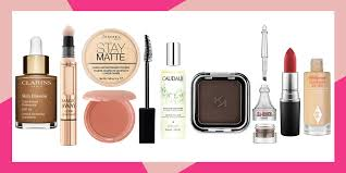 the 10 makeup essentials every woman needs in her beauty bag