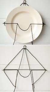 primitive wire plate wall hanger