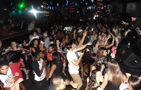 12 31 Circle K New Year 39 S Eve Block Party Returns To