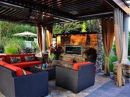 Outdoor Living Room Furniture Sophisticated Outdoor Sitting Room To Make Guest Feel Comfort