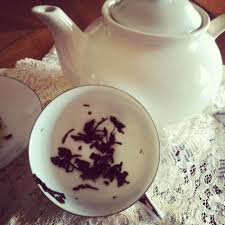 reading tea leaves.  Leaves Tea Leaf Reading With Leaves L