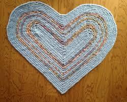 heart shaped rag rug
