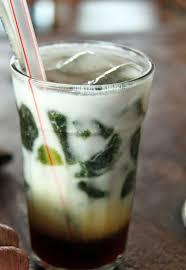 Meskipun demikian ada tips tersendiri cara membuat cincau hitam maupun cara membuat cincau hijau, sehingga menghasilkan gel cincau bermutu tinggi. Cara Membuat Es Cincau Segar Sederhana Dan Lezat Makanbanyak