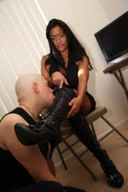 Asian feetish femdom mistress