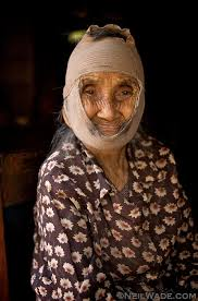 Neil Wade Photography - Laos-elderly-woman-portrait-remedy
