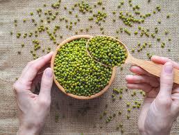 Kacang hijau•gula aren ukuran besar (sesuiakan dgn selera)•air untuk merebus•tepung ketan•bahan adonan tepung :•tepung beras•terigu•garam. 4 Resep Kacang Hijau Selain Burjo Yang Enak Dan Menyegarkan