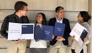 College Year Yale College Admits 2 178 Students Third Year Of Expanded