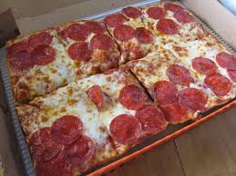 Review Little Caesars Deep Deep Dish Pizza Brand Eating