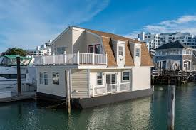 Houseboat Images On The Market A Two Bedroom Houseboat In Quincy