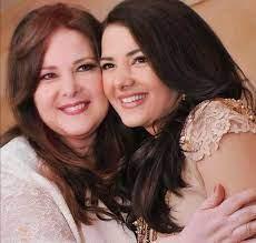 أول رسالة من الممثلة دنيا سمير غانم للأصدقاء والجمهور بعد وفاة والدتها الفنانة  دلال عبد العزيز - RT Arabic