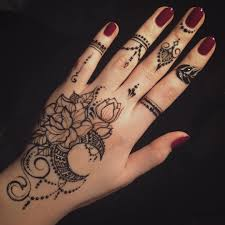 Such Pretty Henna Design мехенди
