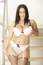 Horny MILF with big tits Carmella Bing Porn Pics