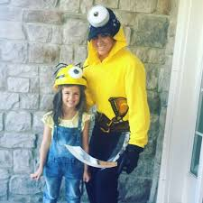if you re looking for fun costumes for moms then be a minion