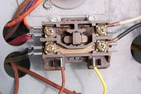 contactors for air conditioners and heat pumps burnt single pole contactor