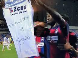 Simy Nwankwo celebrates 2nd Serie A goal raising #EndpoliceBrutality shirt