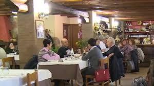 Veneto: prima domenica di riapertura per ristoranti e agriturismi -  Economia & Lavoro - TGR Veneto
