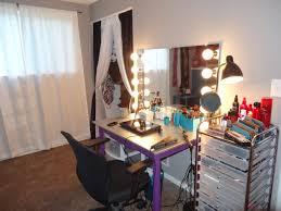 Mirrored Bedroom Vanity 17 Best Ideas About Homemade Vanity On Pinterest Makeup Desk