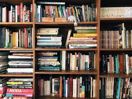 how do you identify a literary clic