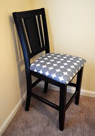how to recover dining room chair seats especially the corners on fabric to recover