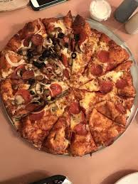 photo of round table pizza dixon ca united states does this look