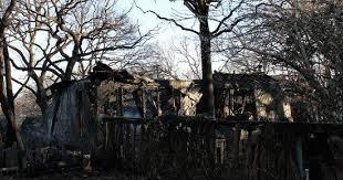 Fire engulfs Oklahoma City house, scorches neighbor's home