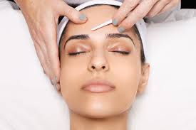 5 dermaplaning myths you shouldn t believe