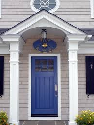 white front door blue house. This House Has A White Stoop Roof Which Is Supported By Two Rectangular Pillars. Hanging In The Ceiling Of Door Lamp. It Blue Front