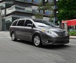 2018 toyota minivan. 2018 toyota sienna release date redesign spy shots minivan