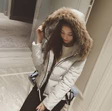 2019 winter women hooded parkas loose faux fur collar cotton padded coats snow wear warm short coat outwear from chencloth66 32 88 dhgate com